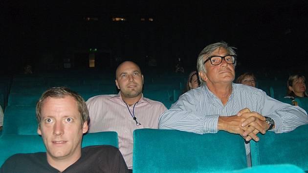František Volf nedal na kino Čas předběžné soudní opatření, protože chtěl, aby bylo v době MFF v provozu. Nyní musí rozhodnout soud.