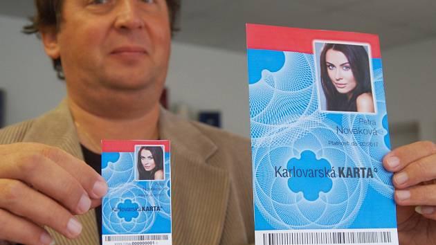 Projekt karty města Karlovy Vary se podařilo dotáhnout do konce. Na rozdíl od karty krajské.