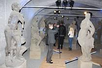 Památkáři ve čtvrtek představili novou expozici k sochám Matyáše Brauna, které se po 40 letech vrátily do Valče.