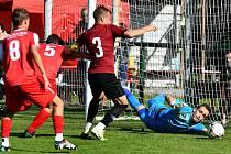 Béčko Sparty si odvezlo z lázeňského města vítězství 4:1, v třetiligové soutěži tak stále neztratilo ani bod.