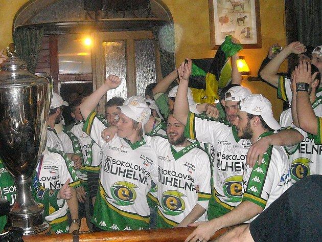 Hokejisté Energie slavili titul U Šimla.
