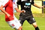 Fotbalisté varské Slavie remizovali v domácím prostředí s Plzní U19 (v černém) 2:2.