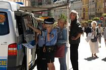 Společné informační centrum Policie ČR a Městské policie Karlovy Vary na Mezinárodním filmovém festivalu.