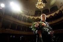Režisér Jan Švankmajer převzal Křišťálový globus za mimořáný umělecký přínos světové kinematografii při 44. ročníku Mezinárodního filmového festivalu.