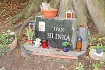Náhrobek Ivan Hlinka.