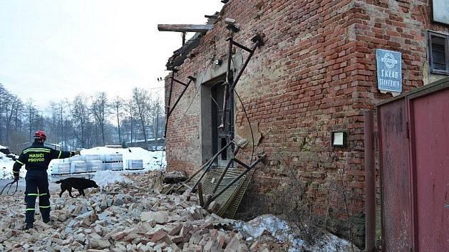 Zřícený dům v Kynšperku nad Ohří