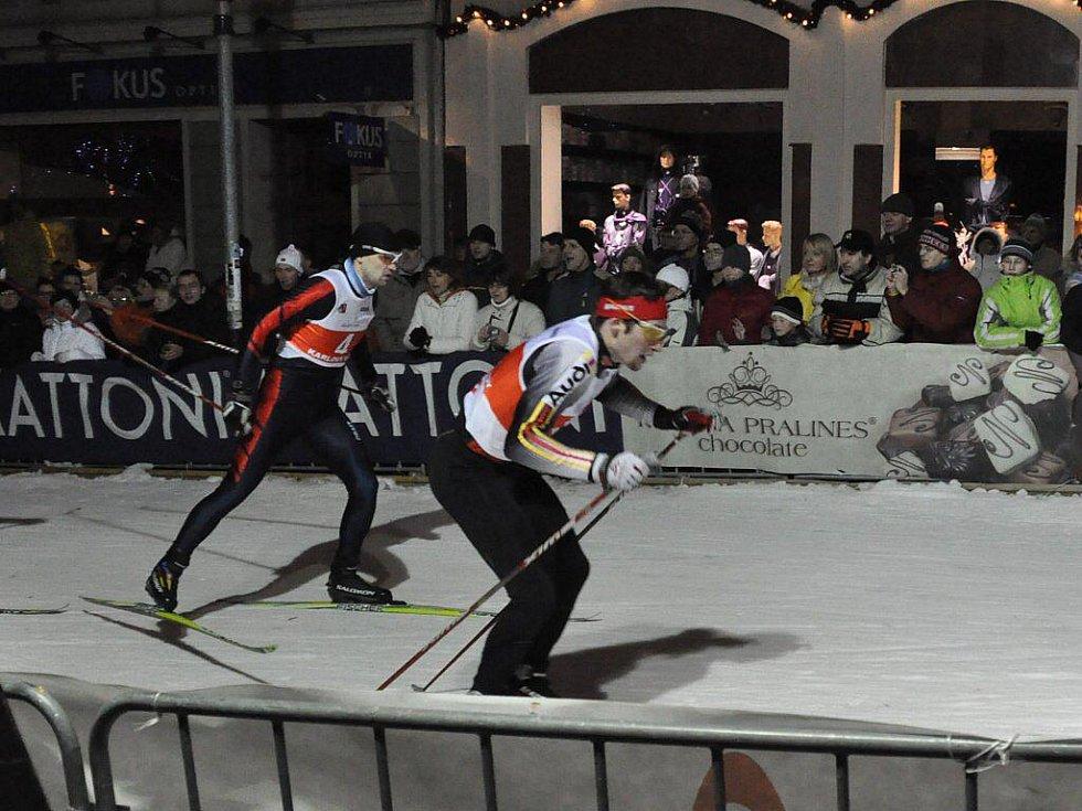 Trať třetího ročníku karlovarského Ski Sprintu byla doslova obležena stovkami nadšených diváků