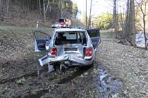Dopravní nehoda dvou automobilů u Hroznětína si vyžádala jedno zranění.