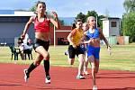 O víkendu zahájení atletické sezony v lázních, když na pořadu budou v sobotu 23. května, Zahajovací závody Karlovy Vary, které bude v roli pořadatele hostit karlovarský Triatlet.
