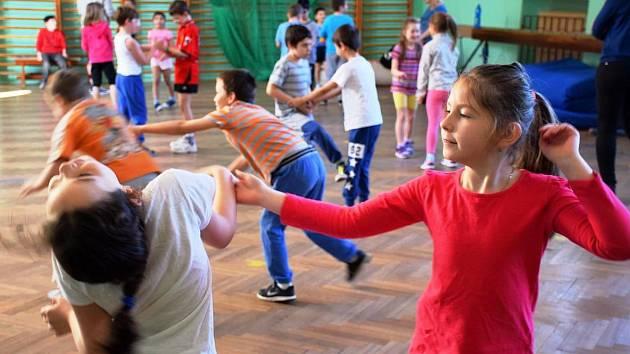 Školy zařadily do hodin tělocviku výuku sebeobrany. Se změnou přišly ZŠ Májová a ZŠ Masarykova. Foto:MěÚ Ostrov