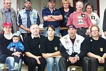 Lion Bikers klub se nezabývá pouze ježděním na silných motorkách, ale jeho členové se snaží potěšit a dělat radost například také dětem.