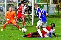 Podzimní tečku udělají v neděli 17. listopadu za první částí Fortuna ČFL fotbalisté karlovarské Slavie, kteří přivítají od 10.30 v západočeském derby v Drahovicích Viktorii Plzeň B.