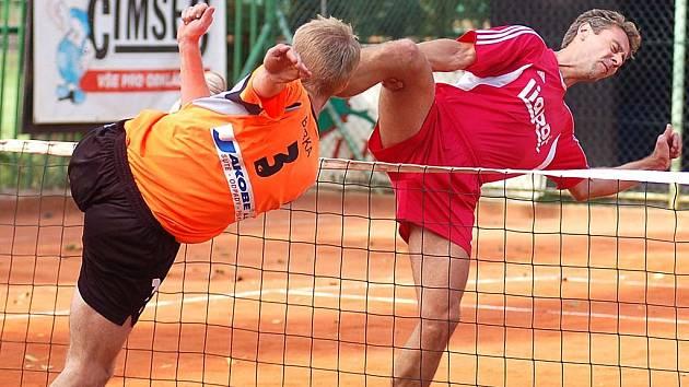 Po posledním zahraném míči mohli karlovarští nohejbalisté slavit postup do finále.