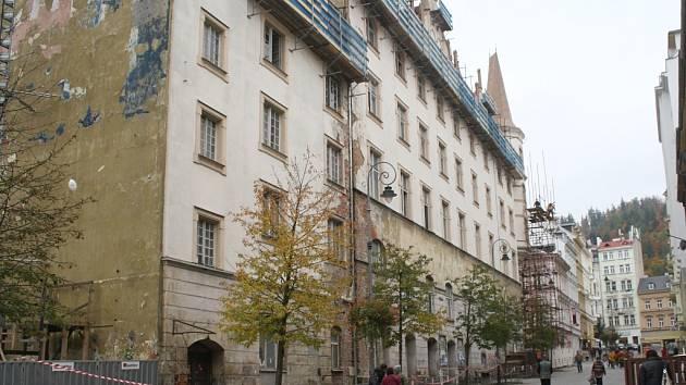 Národní dům v Karlových Varech.