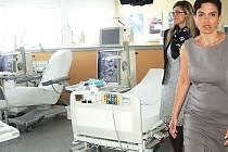 V areálu karlovarské nemocnice vzniklo nové hemodialyzační centrum