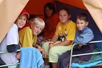 Oblíbený tábor. Do letního tábora v Manětíně jezdí pravidelně spousta dětí. Těm se zde moc líbí.