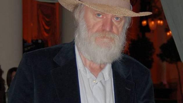 Pavel P-. Ries