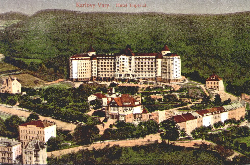 Nejen hotel Imperial na starých pohledech.
