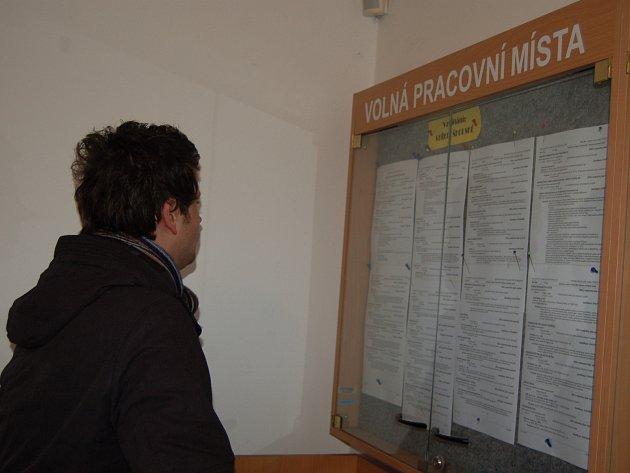Situace na trhu práce v Karlovarském kraji není nejlepší, volných míst je málo.