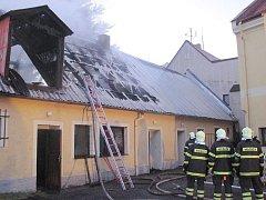 Požár domu v Toužimi