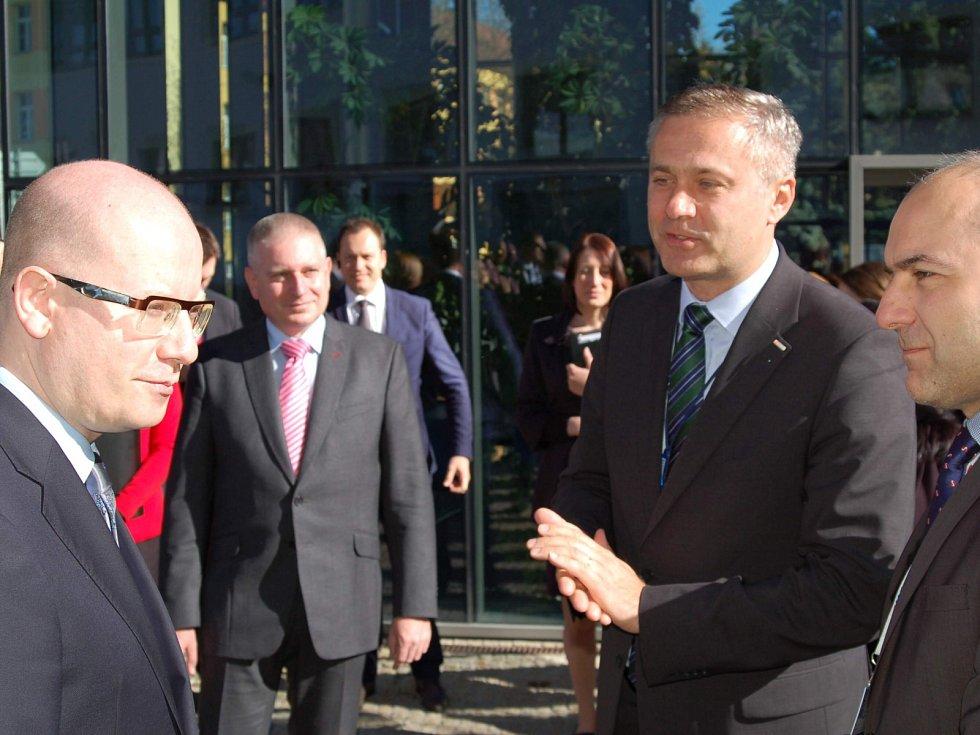 Z návštěvy premiéra Bohuslava Sobotky v Karlovarském kraji.