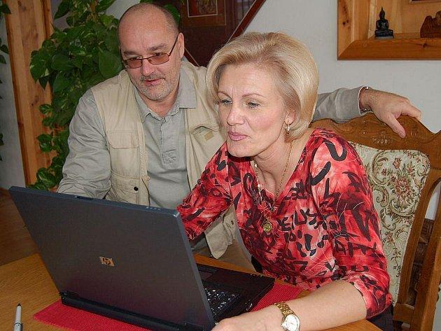 Starostka Stružné Zuzana Večerková (na snímku s manželem Radanem).