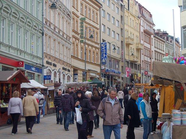 Masaryčka žije. Třída T.G. Masaryka v Karlových Varech žije Velikonočními trhy. Po nich se představí regionální potravináři a na své si přijdou i milovníci piva a muziky.