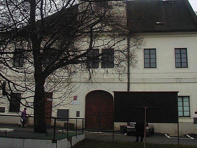 Radnice v Bochově.