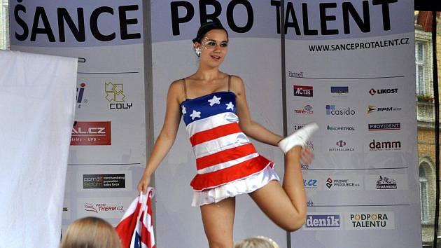 Ve čtvrtek 23. června se na chebské pěší třídě konala akce Šance pro talent