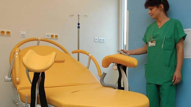 GYNEKOLOGOVÉ JSOU PŘETÍŽENI. Přestože je v Karlových Varech gynekologická a porodnická péče na špičkové úrovni, lékařů se nedostává. Vědí to pojišťovny? (Ilustrační foto.)