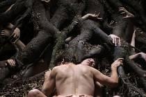 Provokativní snímek. Antikrist Larse von Triera vzbudil rozporuplné reakce už na festivalu v Cannes a nyní putuje do Karlových Varů.