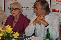 Eva Zaoralová a Jiří Bartoška