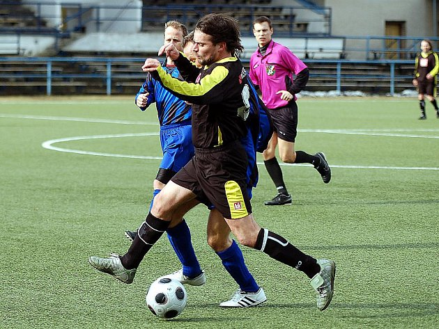 V 1. kole poháru ČMFS Březová porazila Sedlec 2:1.