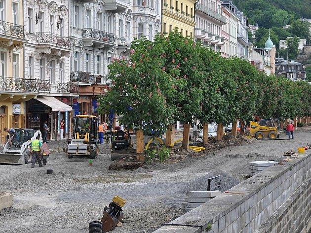 Rekonstrukce Lázeňské ulice a Staré louky.