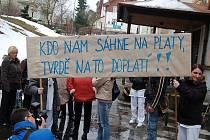 Stávka zaměstnanců karlovarské nemocnice.