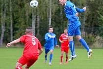 DIVIZE A: FK Ostrov - Klatovy 2:1 (1:1).