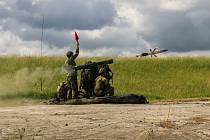 Armáda v Doupově zkoušela nové rakety, sestřelovala i drony.