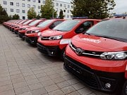 Nové automobily pro dobrovolné hasiče.