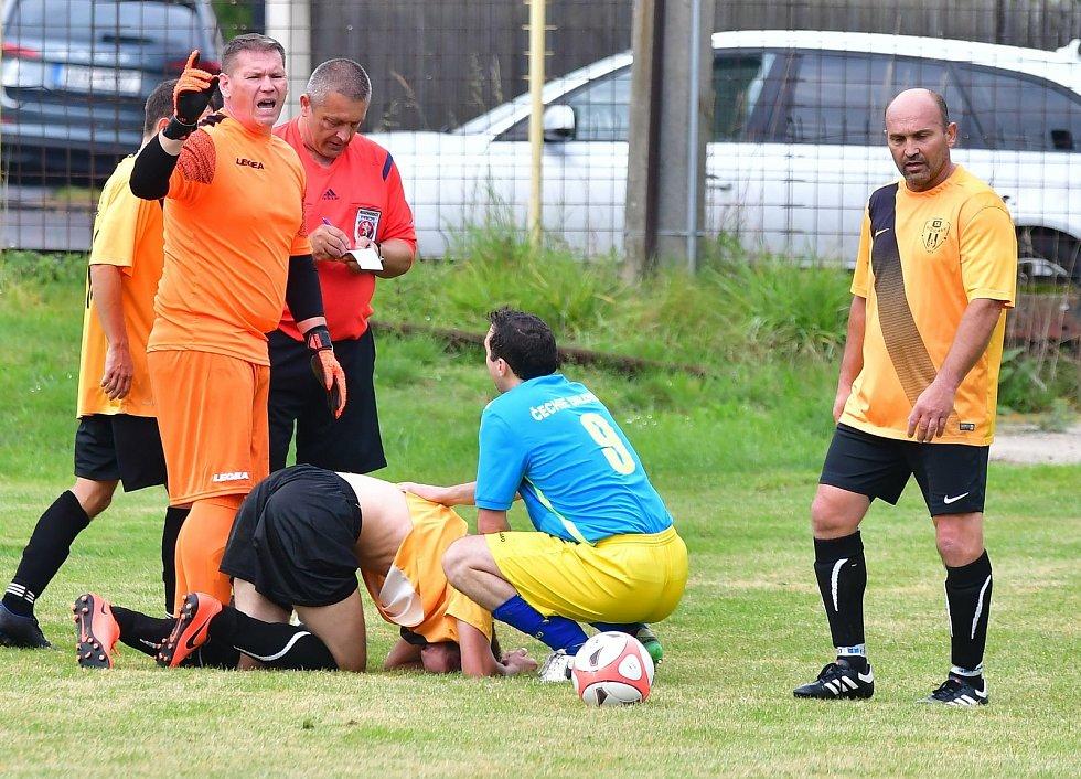 Dalovice i v oslabení vyhrály, když porazily Božičany 2:1.