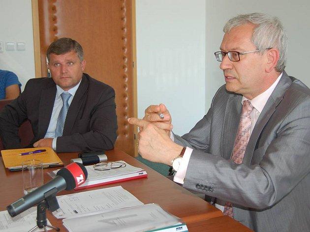 Audit KKN: Hejtman Josef Pavel (ODS) necítí odpovědnost za výsledky hospodaření KKN.