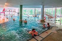 Jediný klasický akvapark je v Karlovarském kraji v současnosti jen jeden, a to Aquaforum ve Františkových Lázních na Chebsku.