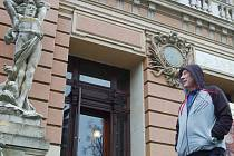 Rekonstrukce historické budovy Císařských lázní je opět odložena.