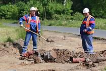 V REKREAČNÍM areálu Meandr Ohře nyní panuje stavební ruch. Do podzimu budou všechny práce dokončeny.