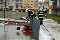 Zásah hasičů ve Staré Roli