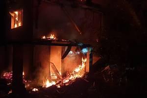 Požár chaty v Jáchymově.
