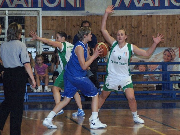 Final Four CEWL. Finále: Brno – Nitra.