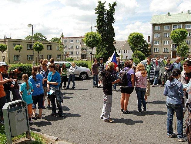 Protidrogová kampaň Cyklo – běh za Českou republiku bez drog zavítala do Toužimi.