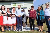 Z návštěvy ministra zemědělství na Karlovarsku.