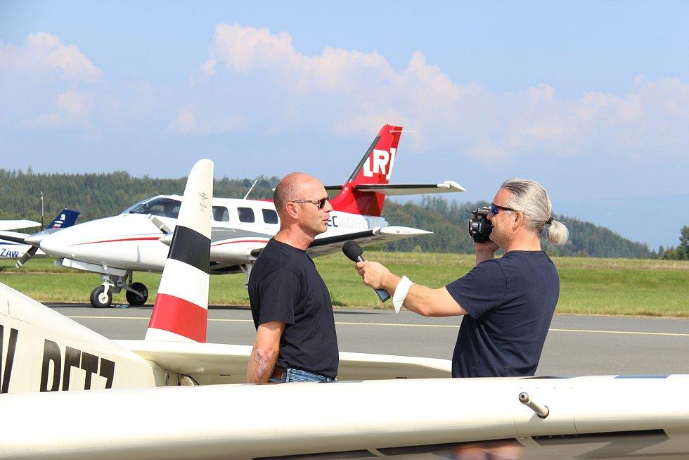 Den karlovarského letiště připomněl významné výročí.