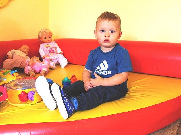 Nové jesle otevřel Karlovarský kraj v nevyužité části dětského domova.